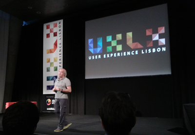 Bill Buxton presenting at UXLx 2012